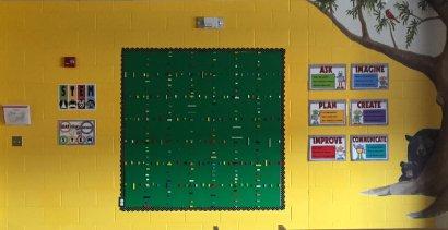 lego wall 2rev